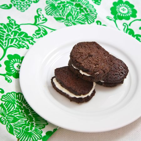 Homemade Healthy Oreos