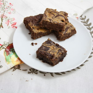 Healthy Peanut Butter Swirl Brownies