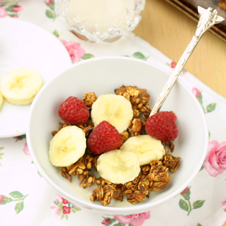 The Perfect Granola Formula {Lorna Jane!}
