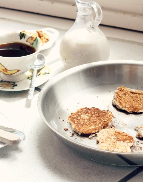 Coconut Flour Pancakes 4